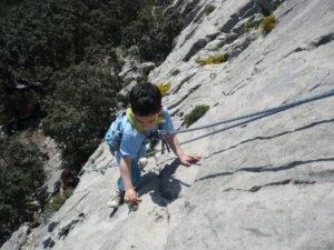 escalade à Perpignan. De la salle d'escalade à la falaise il'y a qu'un pas.