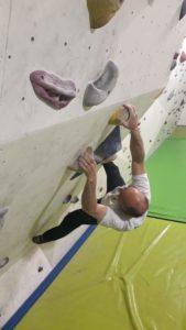 La salle d'escalade 100% grimpe de Perpignan offre aux grimpeurs des PO d'excellentes conditions d'entraînement avec des ouvertures variées de qualité.